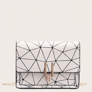 NWOT Geometric Print Chain Crossbody Bag